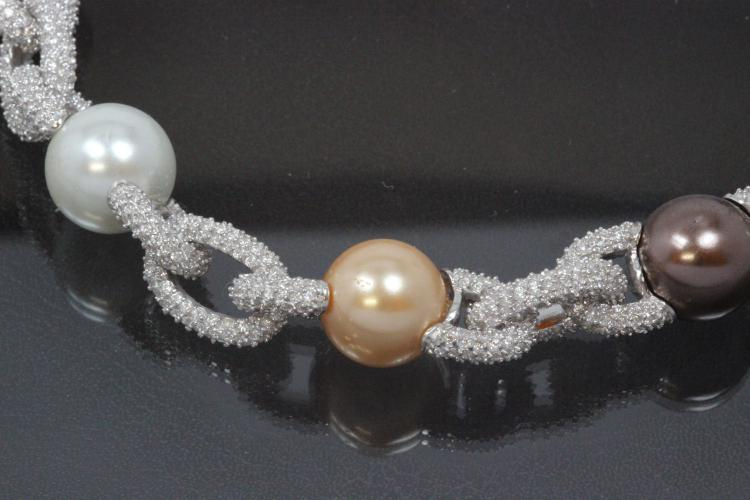 aLEm necklace Glittering Sea 925/- Silver, rhodium plated, approx. size high 12,0mm, wide 12,0mm, length 45 cm, pearl shell approx sie. Outside Ø14mm 4 x white, 4 x peach, 4 x peacock,
