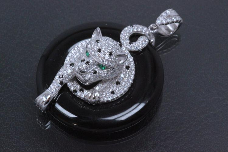 aLEm Cheetah in Onyxroundel 925/- Silver rhodium setted with with and black Zirconia,
