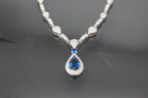 aLEm necklace