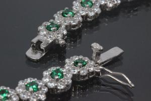 aLEm neacklace emerald color and white Zirconia 925/- Silver  rhodium plated approx.size length 43,0cm incl. Bolt clasp with security eigth