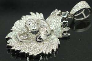 aLEm Pendant Lion with Crown