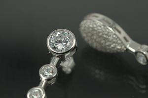 aLEm Ear post Glorius Rain Drop 925/- Silver rhodium plated with Cubic Zirconia, approx size high 41,0mm, wide 9,2mm, thickness 4,4mm,  length post 10,0mm, outside Ø0,8mm,